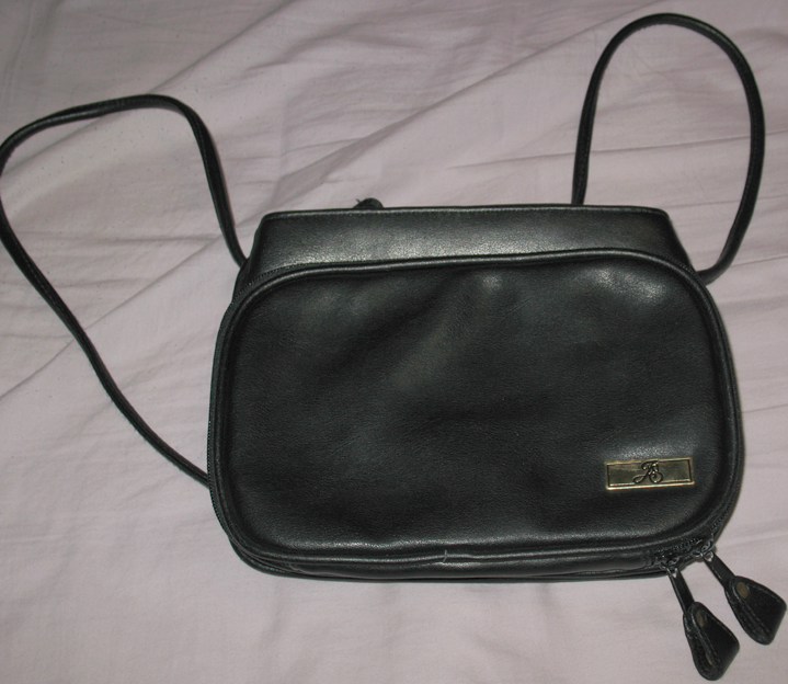 Black Leather Jaclyn Smith Purse